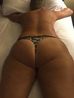 Love her tan ass